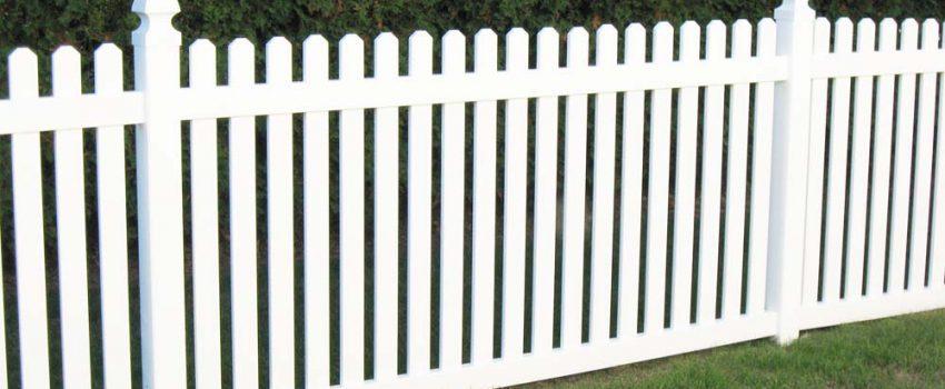 wood-fence-installation