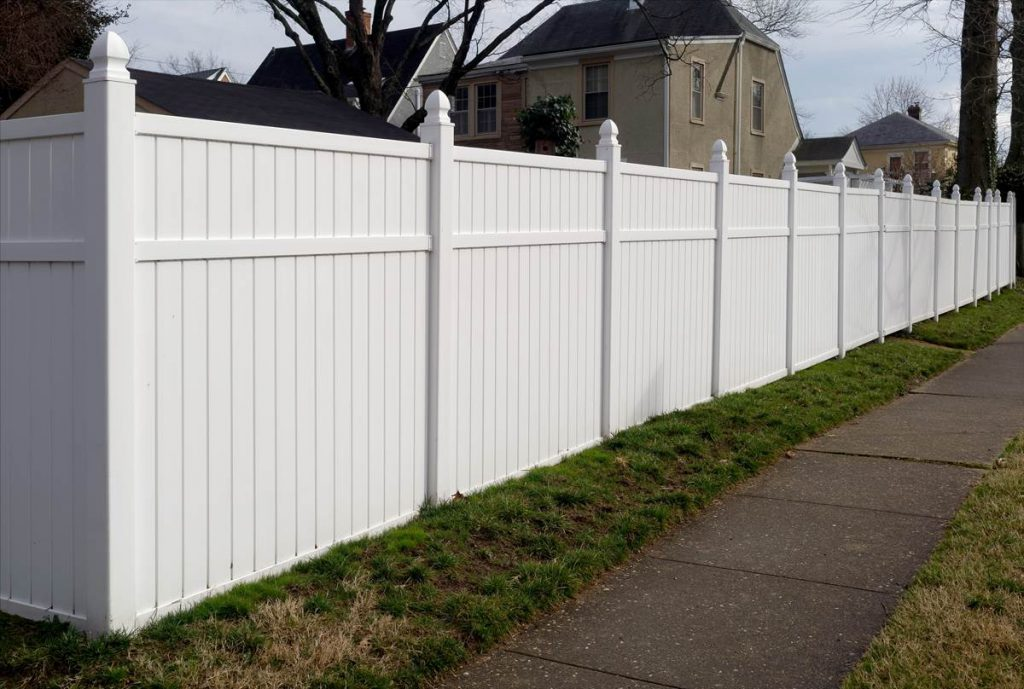 LZ vinyl fencing