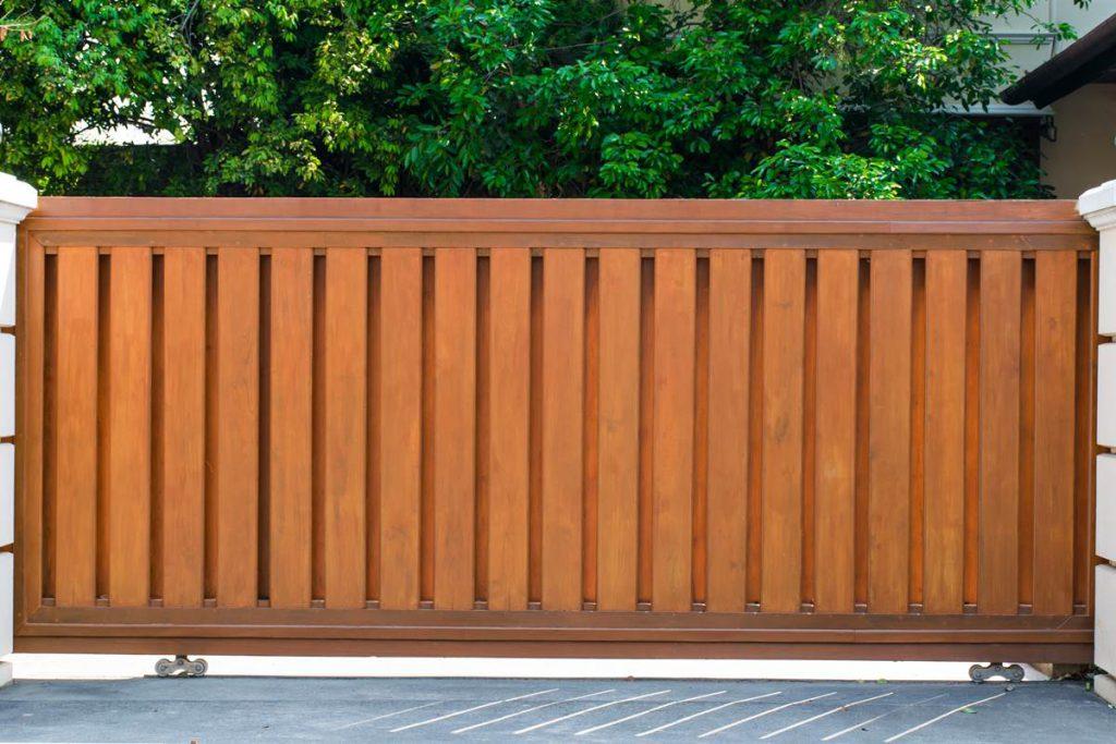 MP Custom Built Wood Driveway Gates
