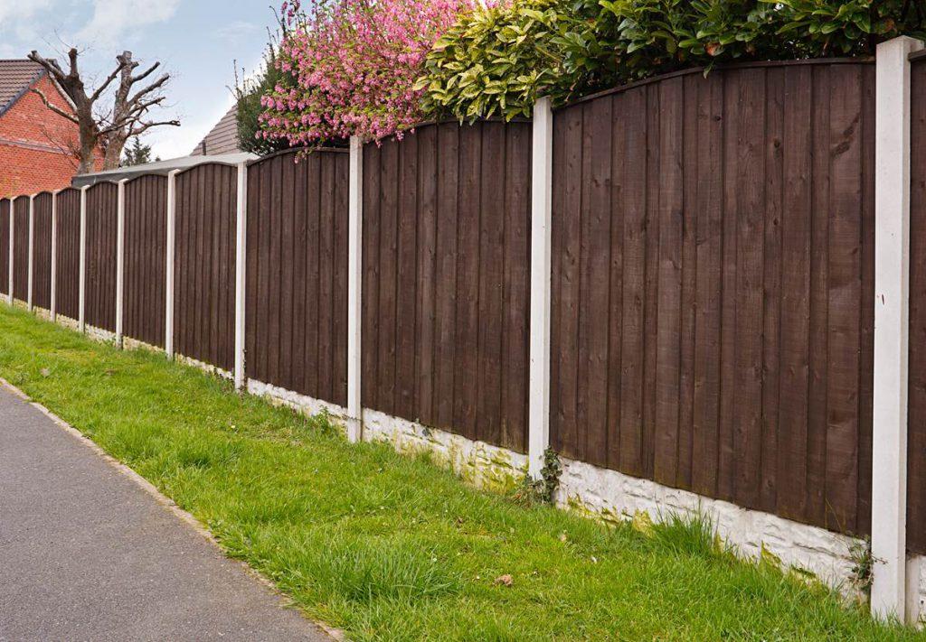 P wood fencing